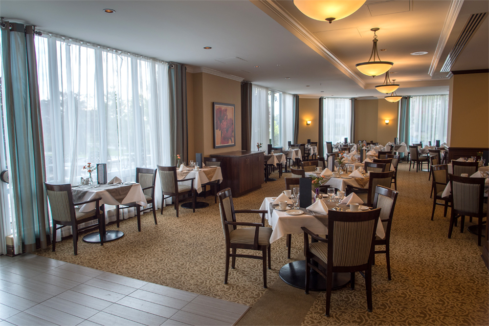 Dining area at Red Oak Retirement Residence