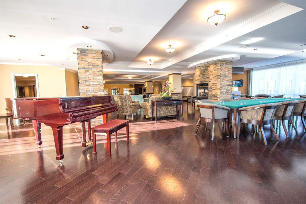 Entertainment area at Red Oak Retirement Residence