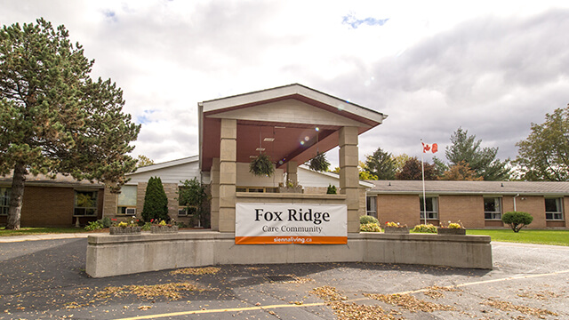 image of front entrance of Fox Ridge Care Community in Brantford