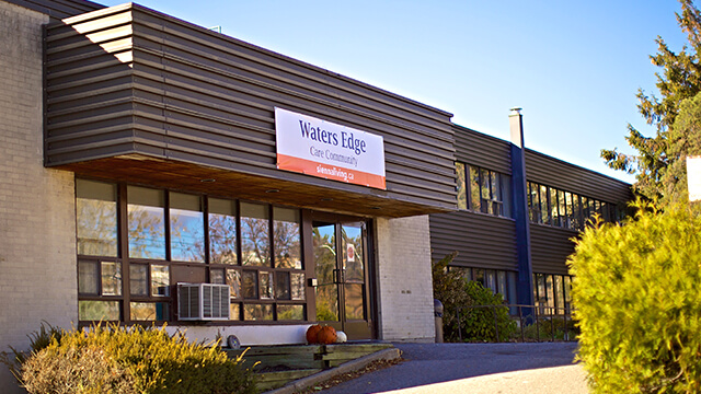image of front entrance of Waters Edge Care Community in North Bay