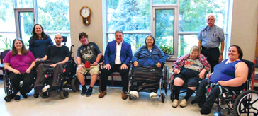 image of the young residents at Fox Ridge Care Community and the MP Phil McColeman.